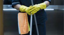 """La pandemia """"ha convertido en casi esclavas"""" a las empleadas domésticas en América Latina"""