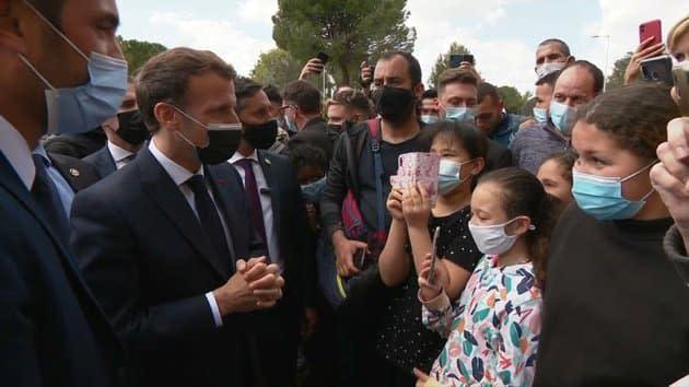 """En déplacement dans un quartier sensible de Montpellier, Macron défend sa politique de """"sécurité du quotidien"""""""