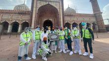 Sikh Community Sanitises Delhi's Jama Masjid Ahead of Eid-ul-Fitr