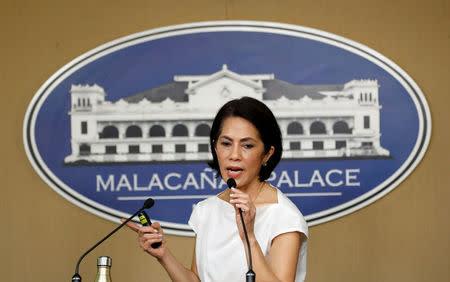 Philippine Environment Secretary Regina Lopez speaks during a media briefing in Manila, Philippines February 9, 2017. REUTERS/Erik De Castro