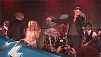 Music Album News Pop: Robin Thicke's 'Blurred Lines' Album Gets July 30 Release Date