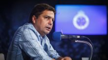 Ex-dirigente do Cruzeiro vira 'torcedor' do Galo em arquibancada; Atleticanos provocam