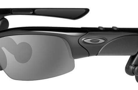 Oakley THUMP PRO debuts, reviewed