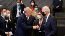 """Erdogan dice que """"revitalizará la cooperación"""" con EEUU tras verse con Biden"""
