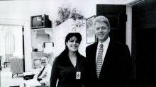 """Monica Lewinsky: """"Così Clinton macchiò il mio abito dopo il nostro rapporto. Ero innamorata, ho pensato anche al suicidio"""""""