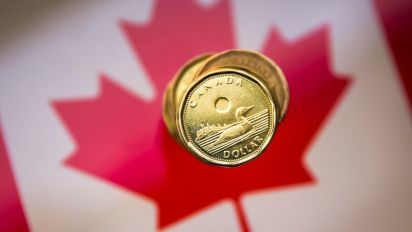Loonie up as investors bet on Chinese stimulus