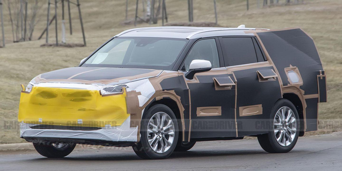 the 2020 toyota highlander looks redesigned beneath some weird camouflage. Black Bedroom Furniture Sets. Home Design Ideas