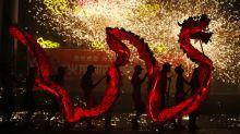 Días libres extra por el Año Nuevo Chino para que las empleadas solteras encuentren pareja