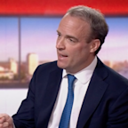 Coronavirus news – live: UK has reached 200,000 daily testing target, government claims after Raab admits he did not know Cummings was self-isolating in Durham when he acted PM