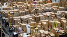 Resi Amazon, nuova legge della Regione Lazio: andranno in beneficenza