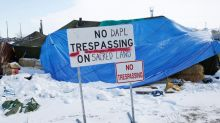 U.S. court allows Dakota Access oil pipeline to stay open, but permit status unclear