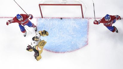 Fleury's colossal blunder helps Canadiens win