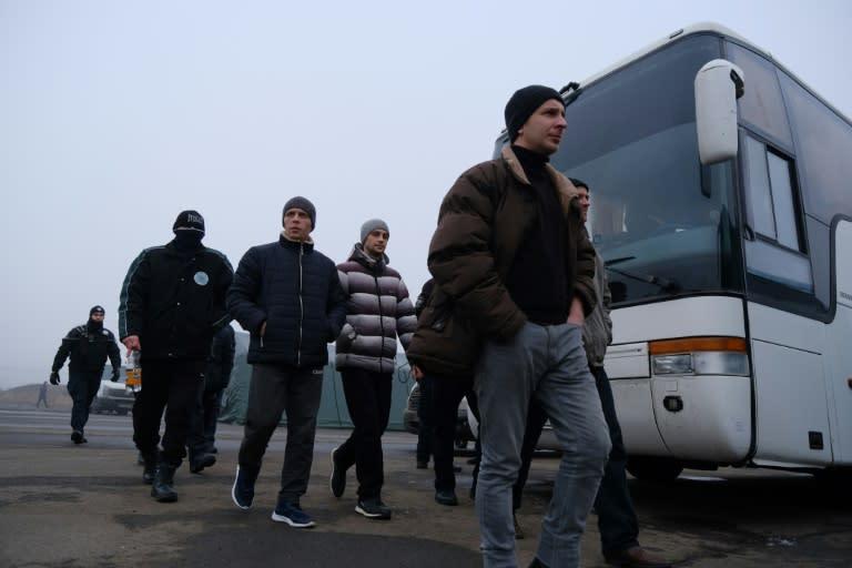 Ukraine, Russia-Backed Separatists Hold Prisoner Swap