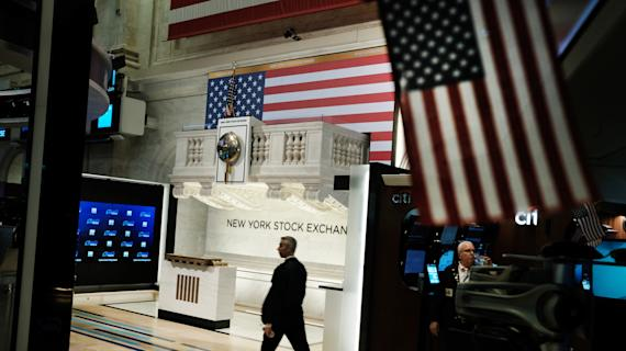 Stocks end lower as dimming stimulus prospects whipsaw markets