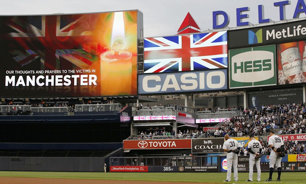 The Yankees held a moment of silence for Manchester on Tuesday night. (AP)