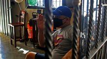"""El regreso a Venezuela en días de pandemia: """"Un mes comiendo lentejas"""""""