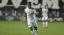 Após grave lesão, Renyer, do Santos, inicia trabalho com bola