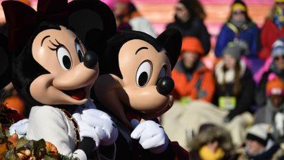Should Disney reopen? Park believes it should.