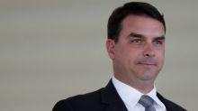 Flávio Bolsonaro testa positivo para Covid-19 e ficará em isolamento