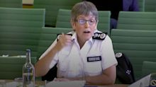Met chief apologises to sprinter after stop and search