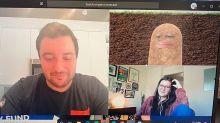 Pannen in Coronazeiten: Chefin verwandelt sich während Videokonferenz in Kartoffel