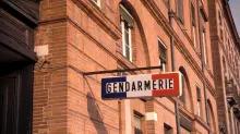 Contrôlé ivre au volant, il s'enfuit en escaladant... le mur de la gendarmerie