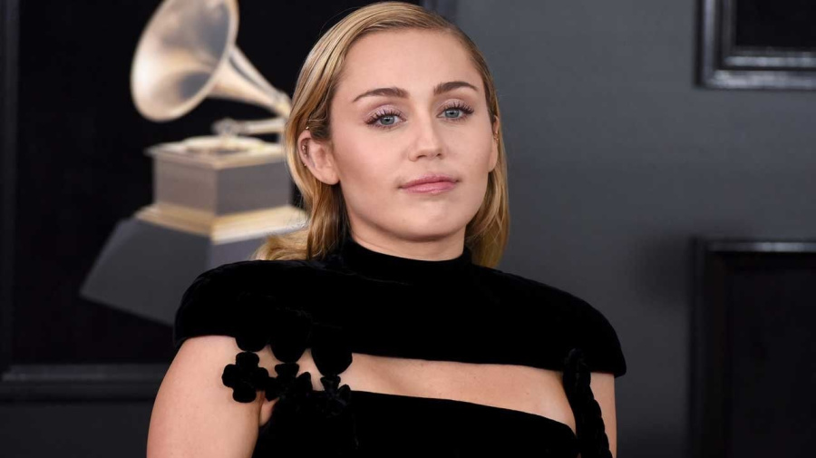 Miley Cyrus Gets Naughty Ankle Tattoo -- See Her New Ink