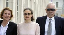 La multimillonaria que se niega a darle la espalda al líder de un 'culto sexual', incluso cuando está a punto de ser sentenciada