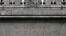 Slim's America Movil wins telecom battle in top Mexico court