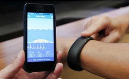 Who needs Apple? Foxconn makes an iPhone-friendly smartwatch