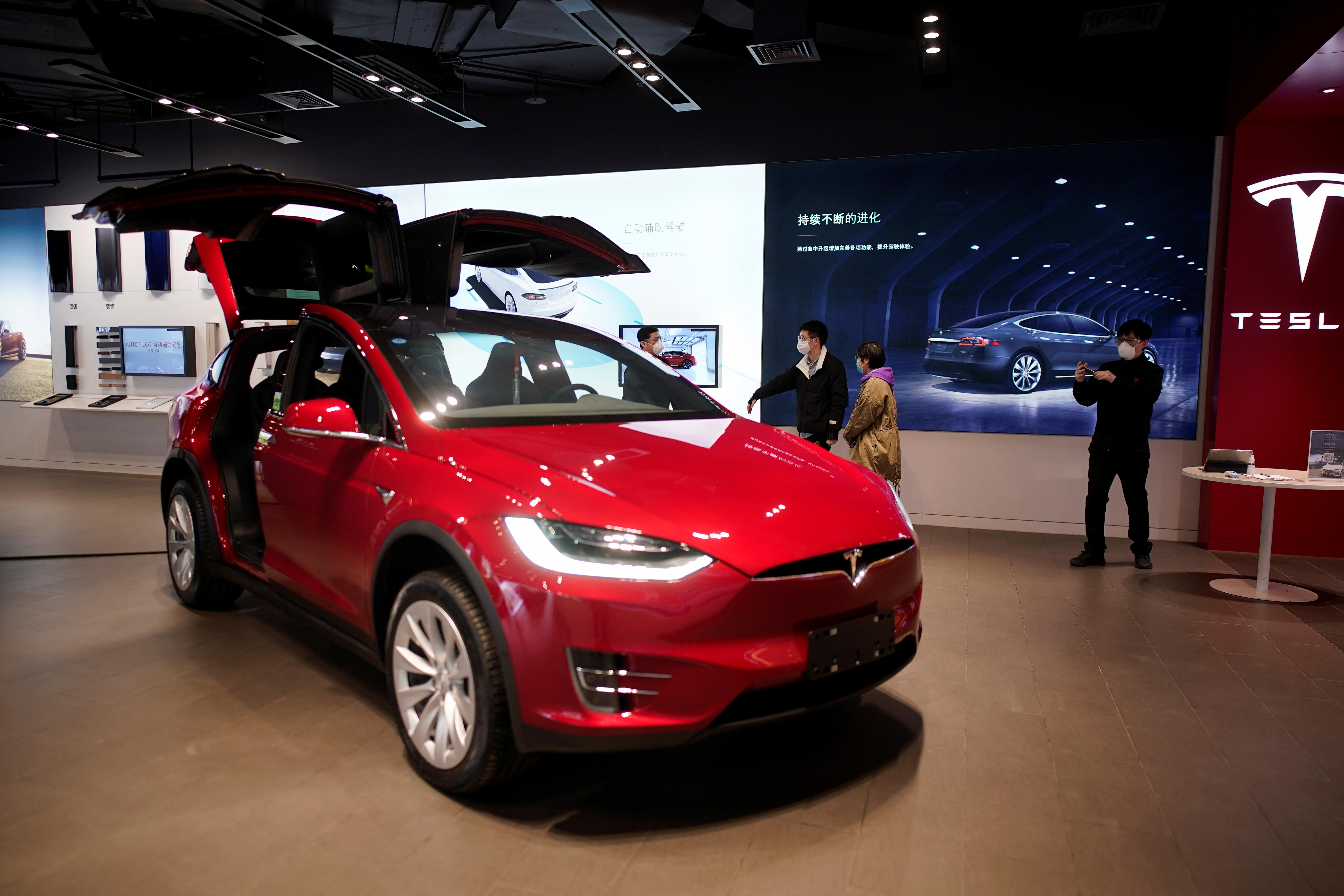 Tesla delivers better than expected 88,400 vehicles in Q1