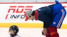 Mini-Pacioretty takes practice shots at Price, cuteness ensues
