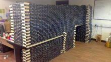 """STOPP: Keine """"Fifty Shades of Grey""""-Bücher mehr spenden!"""