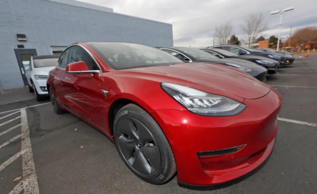 Tesla cars will soon talk to pedestrians