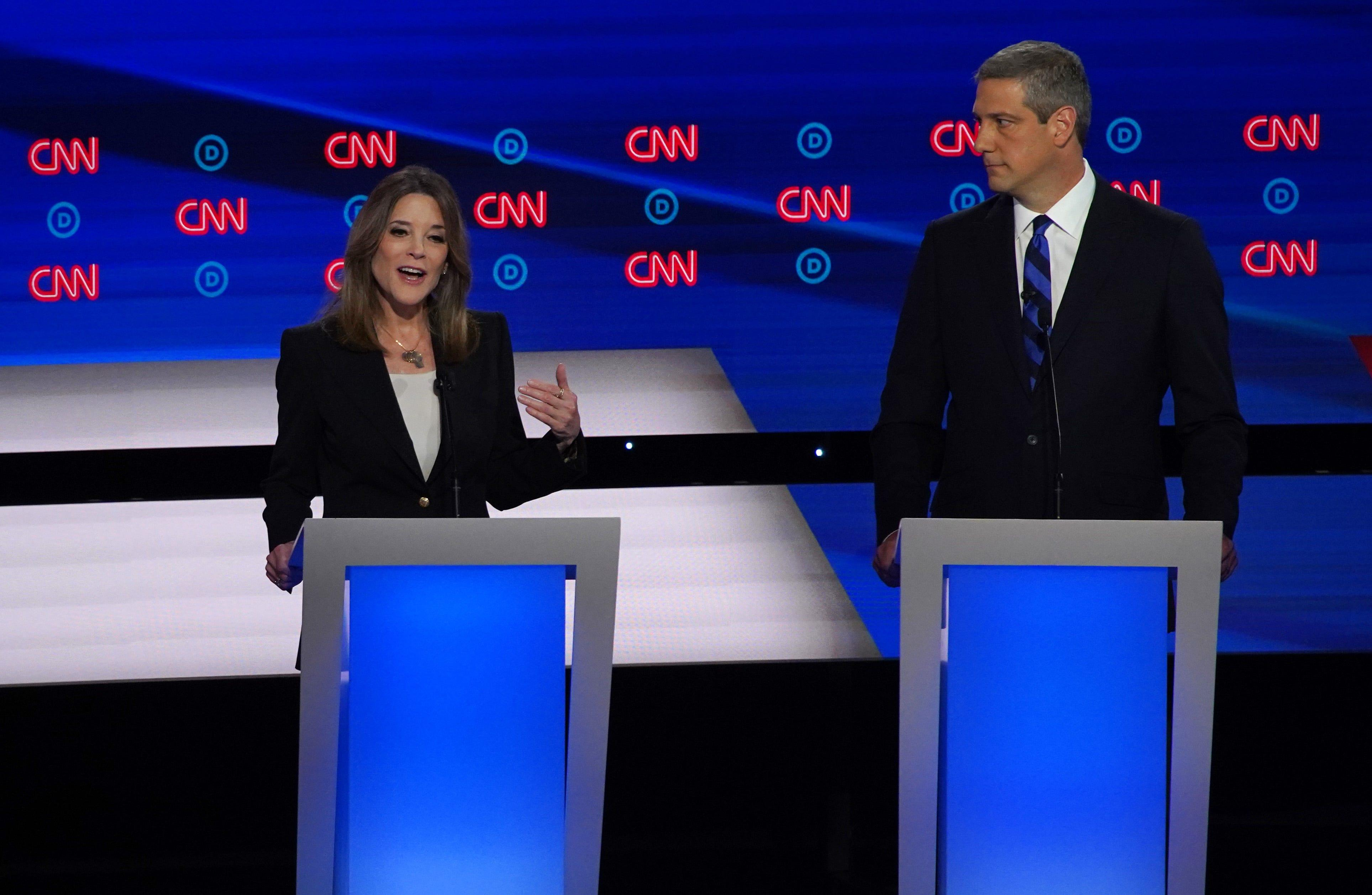 Marianne Williamson's Democratic debate performance does not disappoint the internet