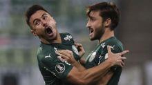 Matías Viña celebra 'melhor jogo' pelo Palmeiras e adeus ao capacete