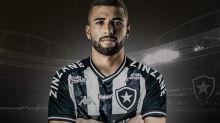 Botafogo anuncia a contratação de Gustavo Cascardo