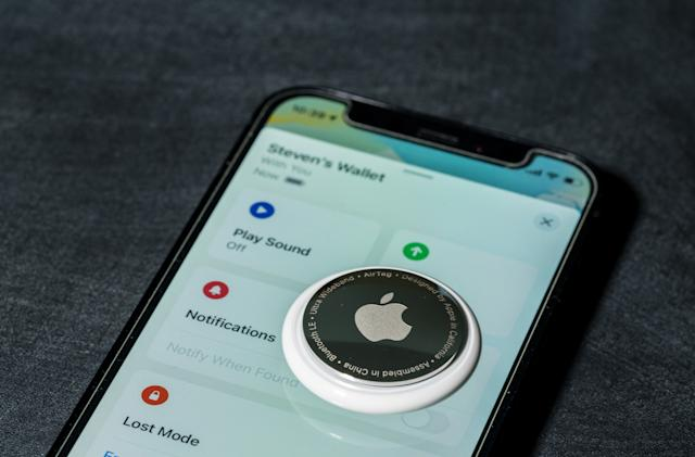 Apple's 'Find My' network locates iOS 15 devices even if they're off or erased