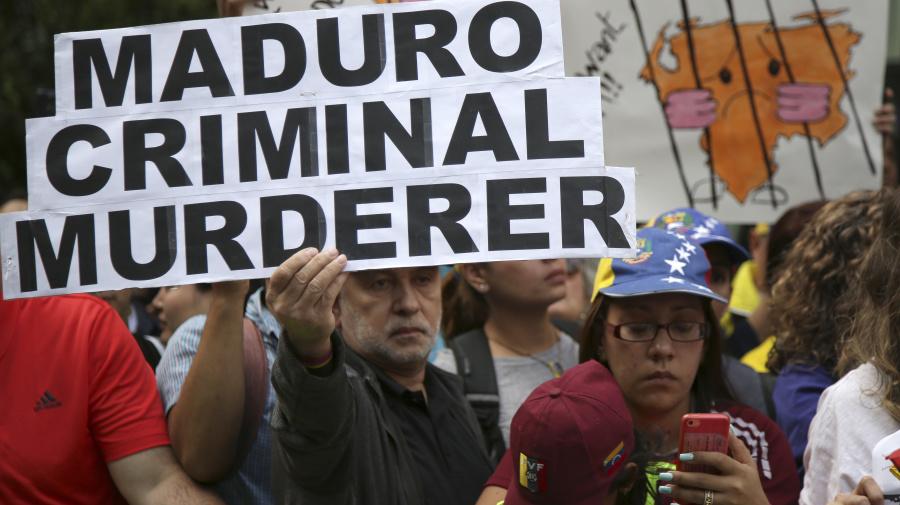 Venezuelan exiles eyed Trump-connected lobbyist