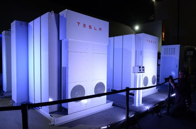 Volkswagen will use Tesla batteries at its charging stations