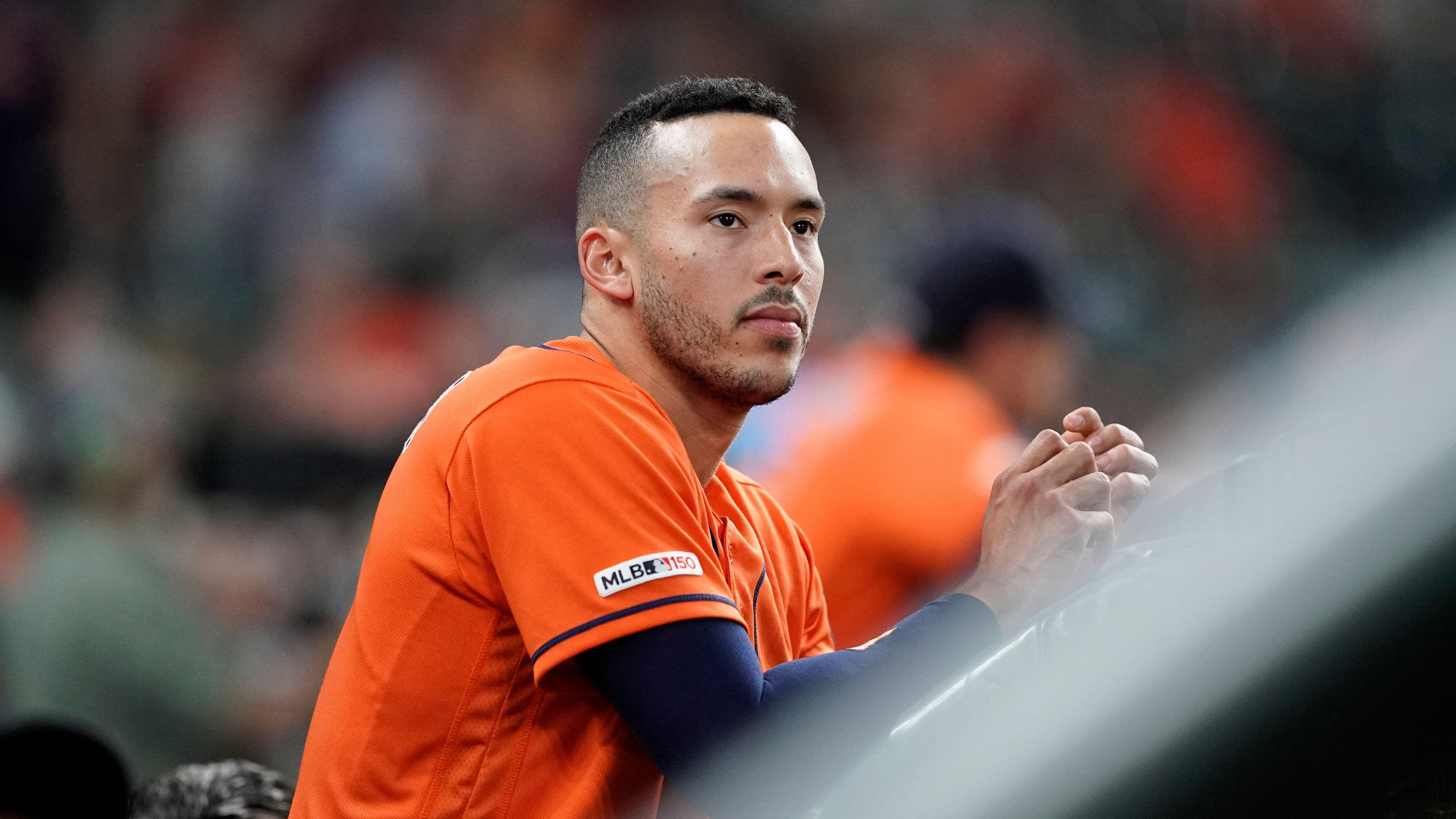 f2d397e9b Carlos Correa to miss time with rib injury