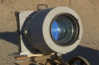 U-2 spy plane lens used on homegrown camera, and other DIY monstrosities