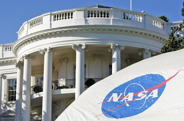 President Obama outlines vision for sending humans to Mars