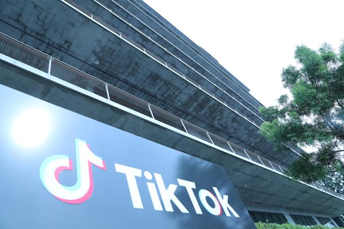 (201114) -- WASHINGTON, Nov. 14, 2020 (Xinhua) -- Photo taken on Aug. 21, 2020 shows a logo of TikTok's Los Angeles Office in Culver City, Los Angeles County, the United States. Popular video-sharing app TikTok was granted by the U.S. government a 15-day extension to reach a deal with U.S. buyers, a federal court filing showed Friday.    This means the deadline for ByteDance, TikTok's Chinese parent company, to reach a deal with Oracle and Walmart has been extended from Nov. 12 to Nov. 27, according to the U.S. District Court for the District of Columbia. (Xinhua) (Xinhua/Xinhua via Getty Images)