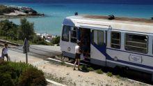 Tourisme : la France résiste mais les recettes internationales chutent de près de 50%