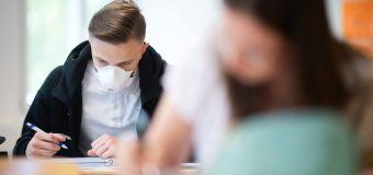 NRW startet mit Masken im Unterricht