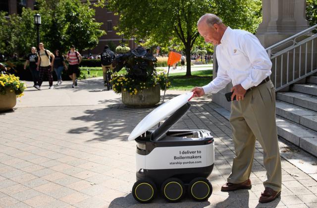 Starship's delivery robots now serve Purdue University