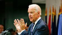 Biden distensiona com a esquerda democrata e avança sobre moderados que votaram em Trump