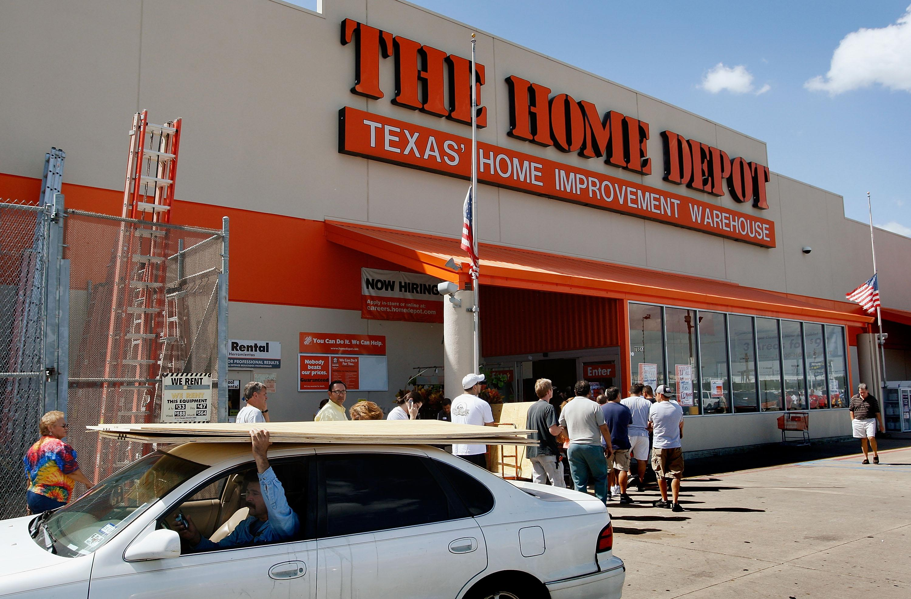 Home Depot, Kohl's earnings — What to know in markets Tuesday