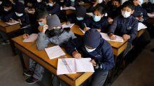 Si le coronavirus touche si peu les enfants, fermer les écoles est-il une bonne idée ?